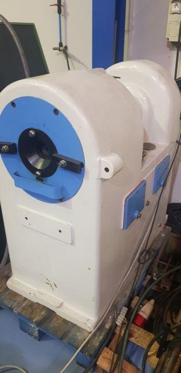 Martilladora-Conificadora de tubo
