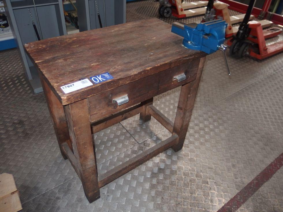 Banco de trabajo madera 800 mm. con tornillo