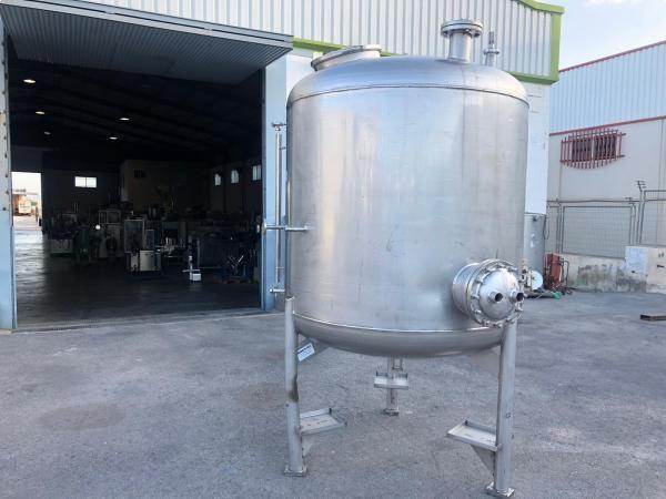 Depósito de acero inoxidable de 3.000 litros sencillo