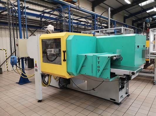 Injection moulding machine 80t