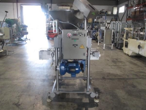 Llenadora dosificadora de piston para producto denso HEMA