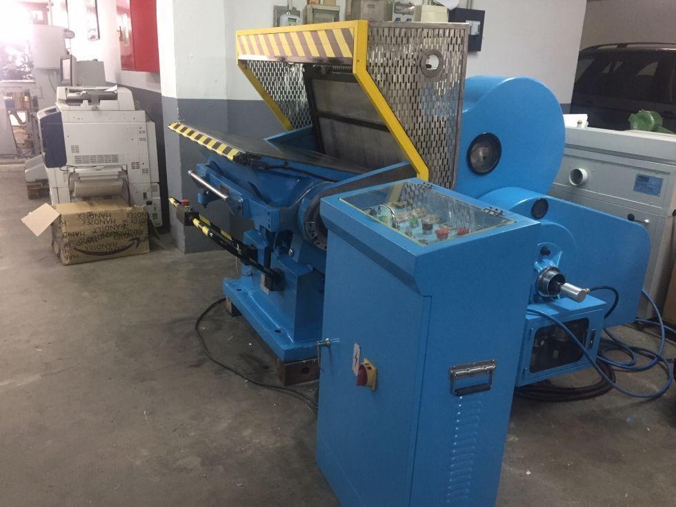 Troqueladora manual 72x104 cm