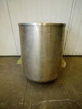 Depósito en Inox 15 / 238 Capacidad ±230 Litros
