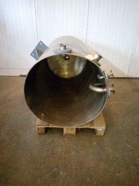 Depósito en Inox 15 / 282 Capacidad 750 Litros