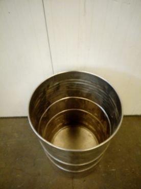 Depósito/Barril en Inox 15 / 710 Capacidad ±210 Litros