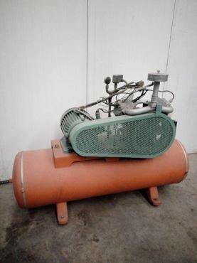 Compresor Calderin ±300 Litros 50 / 116 2 Pistones