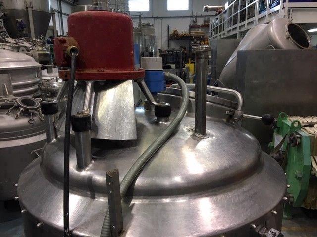 Reactor acero inoxidable 500 litros con camisa y agitacion de segunda mano
