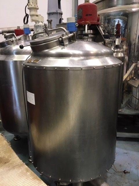 Depósito acero inoxidable 500 litros con agitacion de segunda mano