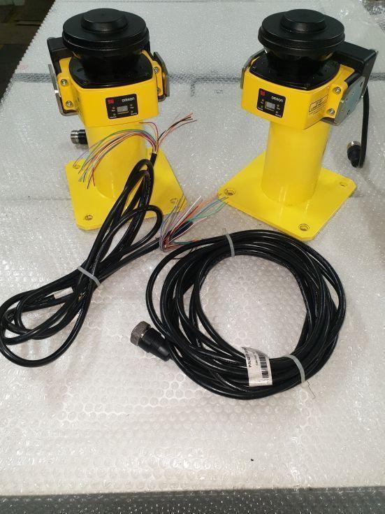 Lazer scanner omron os32c-sn + cable + manual