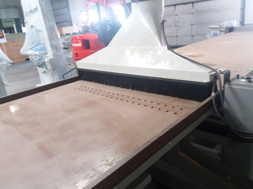 CNC con carga / descarga