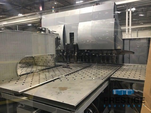 Celda de doblado de paneles CNC