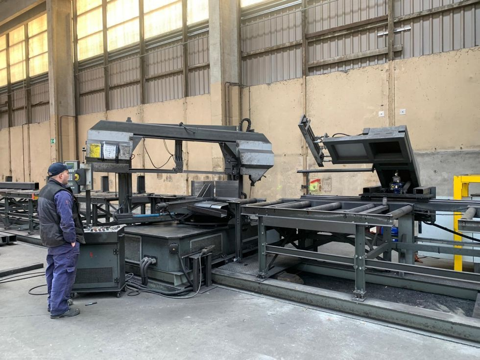 PEBA 1020 Bandsaw Automat mitre cutting 1020 x 550 mm 5470 = Mach4metal