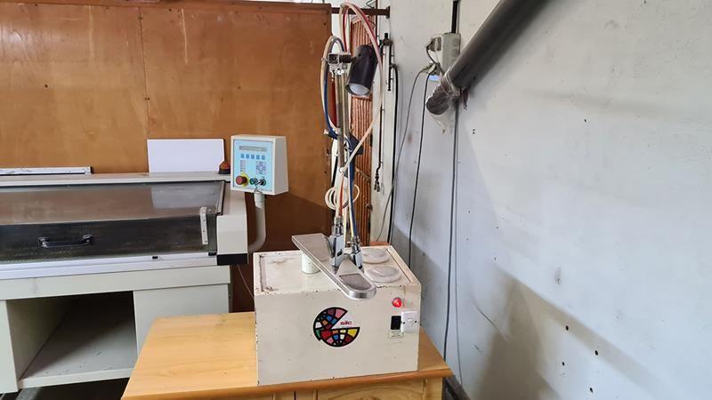 Maquina de lavar mediante PERCLORO