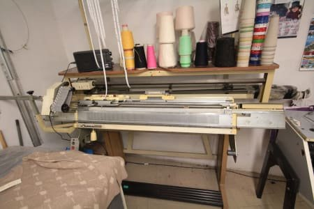 EMPISAL KNITMASTER SRP-50 Flat knitting machine