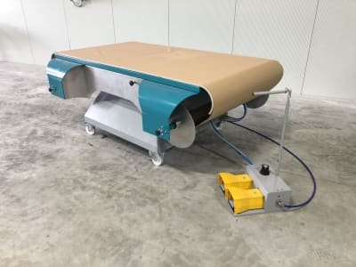 Speed 20/10 Coating table with paper transport