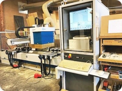 Rebajadora WEEKE BHC 280 CNC with Pod and Rail Table