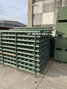 A lot of roller conveyors