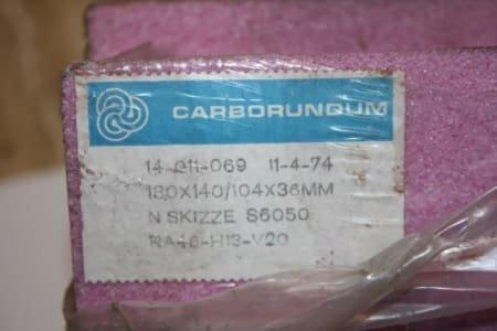 CARBORUNDUM Lot Segment Grinding Stones