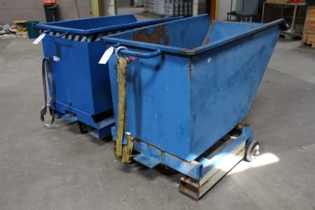 2 Tipping Container/Chip Container