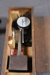 2 Dial Gauge Holders with Magnetic Base and Dial Gauges