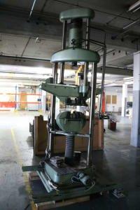 Máquina de prueba WOLPERT U 40-FM