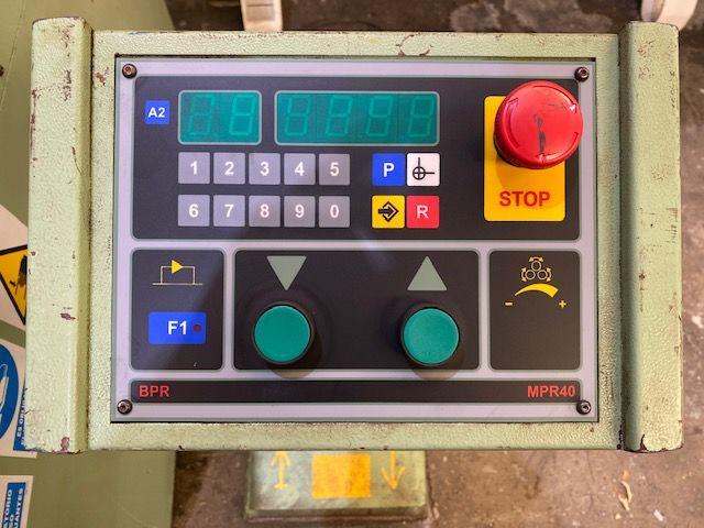 Curvadora de perfiles motorizada BPR modelo CPH60