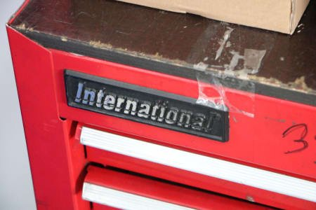 INTERNATIONAL CITY Tool Trolley