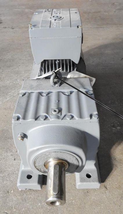 Motor con reductor y electrofreno