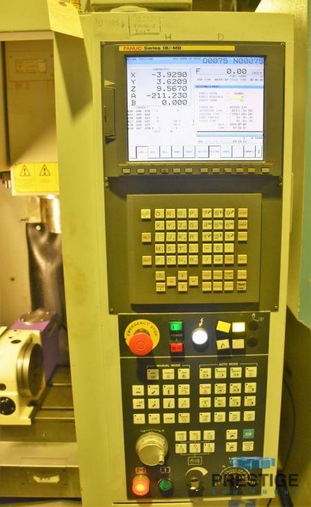 Centro de perforación y roscado CNC