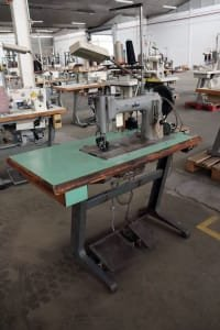 Máquina de Coser Industrial de 2 Agujas ADLER 104 102