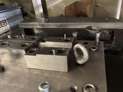 Lot of clamping material