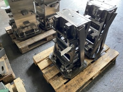 Clamping tower