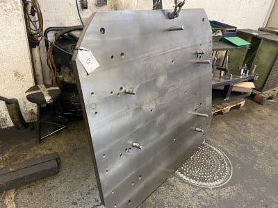 Clamping plate
