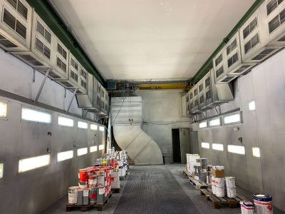 Large-capacity paint booth