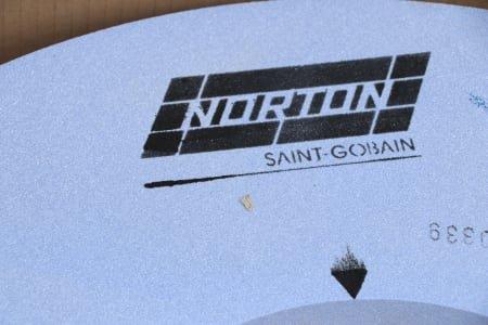 NORTON Lot Grinding Stones