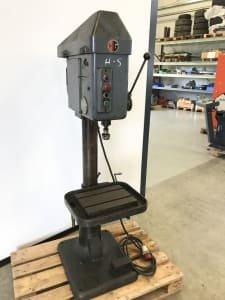 HAGEN & GOEBEL HG 12 Thread Cutting Machine