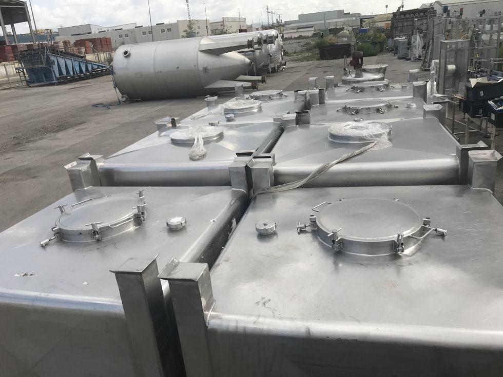 Depósito contenedor 1.000 litros en acero inoxidable AISI 316