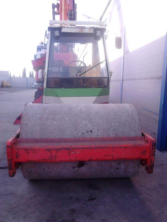 Rodillo compactador de tierras
