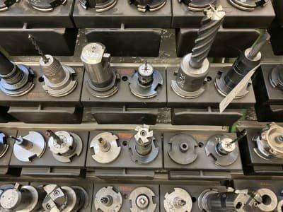 31 tool holders SK 50