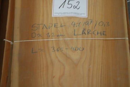 Lot of larch veneer