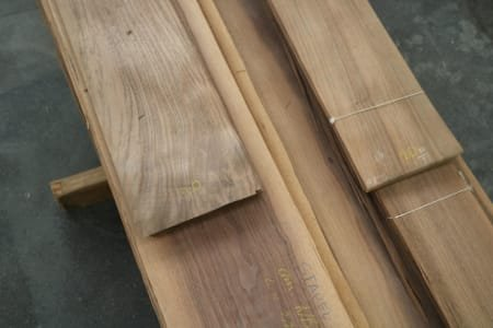 Lot of American walnut veneer