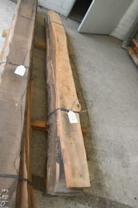 Lot of solid wood service tree
