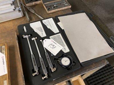 MITUTOYO Measuring equipment set