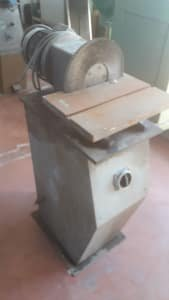 Buffing machine for aluminum