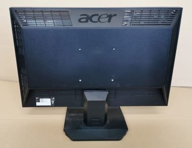 2 x LCD Widescreen Screen ACER V223W A