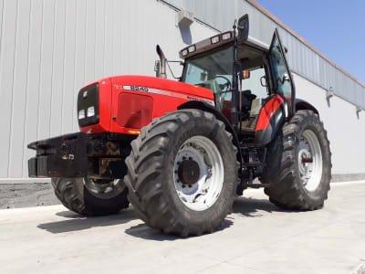 Maquinaria agrícola FERGUSON 8240