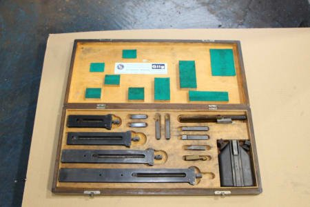 GILG gauge block holders