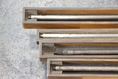 4 micrometer rods