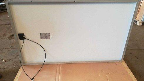 Lote de 3 paneles fotovoltaicos marca Axitec. L5