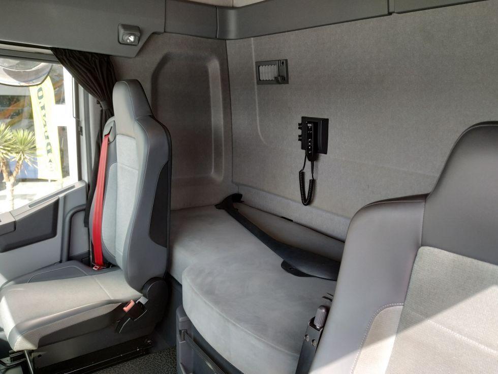 Renault T480 Sleeper Cab